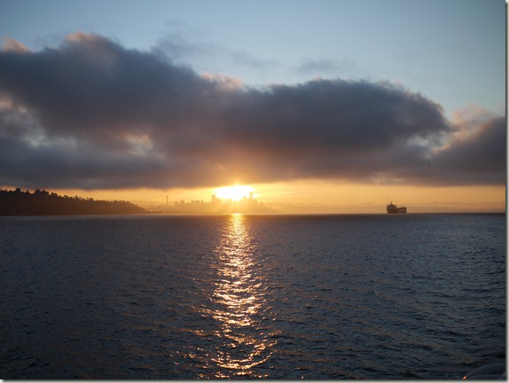 seattle-skyline-sunrise