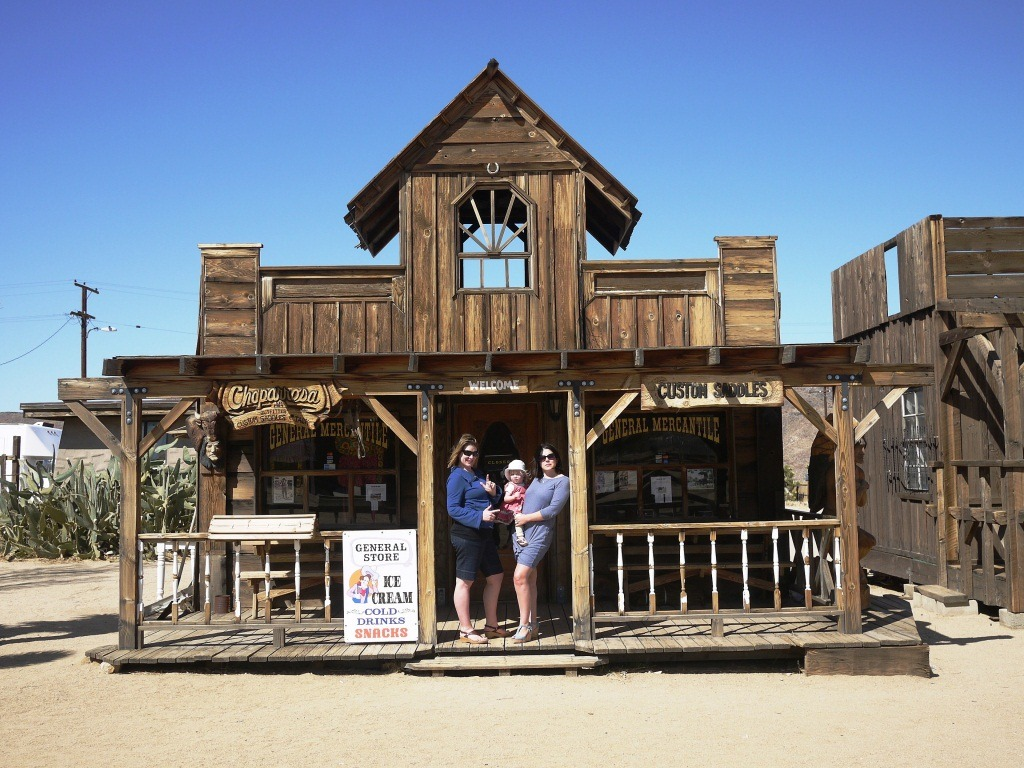 Giddy On Up to Pioneertown Motel and Pappy and Harriets ...